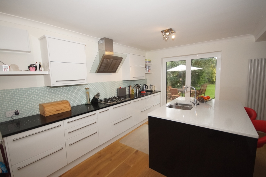 Croxley kitchen